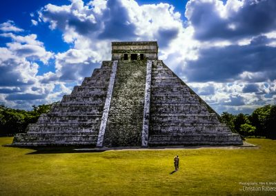 Watching Chichen Itza, Mexico